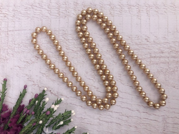 Vintage Champagne Pearl Necklace.