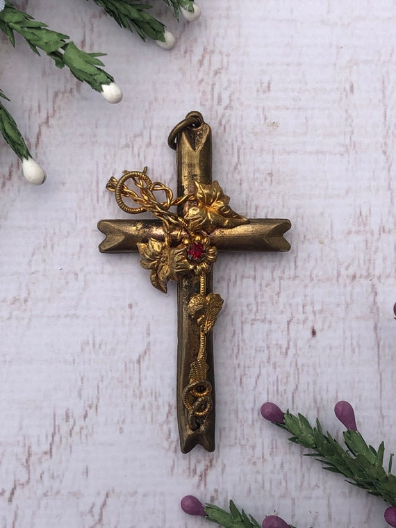 Antique Ivy Cross Pendant with Ruby Paste.
