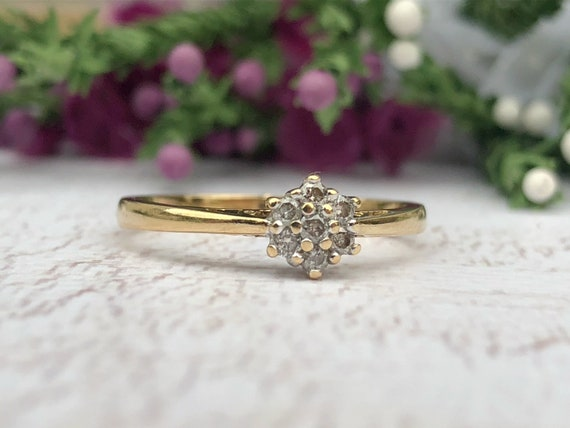 Diamond Cluster Ring in 9ct Gold. Diamond Engagement Ring.