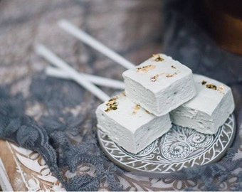 x30 Homemade Marshmallows white & gold | Edible Wedding Favours | Party Favours | Gold Leaf | Minimal | Simple | Wedding gift