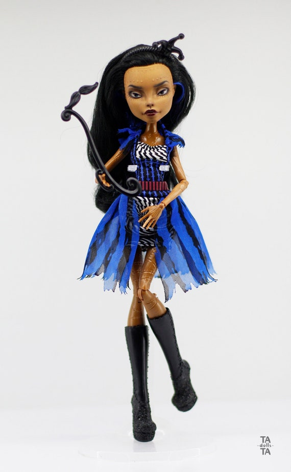 Monster High Jinafire Coloring Pages - Get Coloring Pages | 923x570
