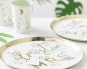 8 Gold Botanical Hen Party Plates, Almost Mrs Plates, Gold Bachelorette Party, Bridal Shower Party Paper Plates