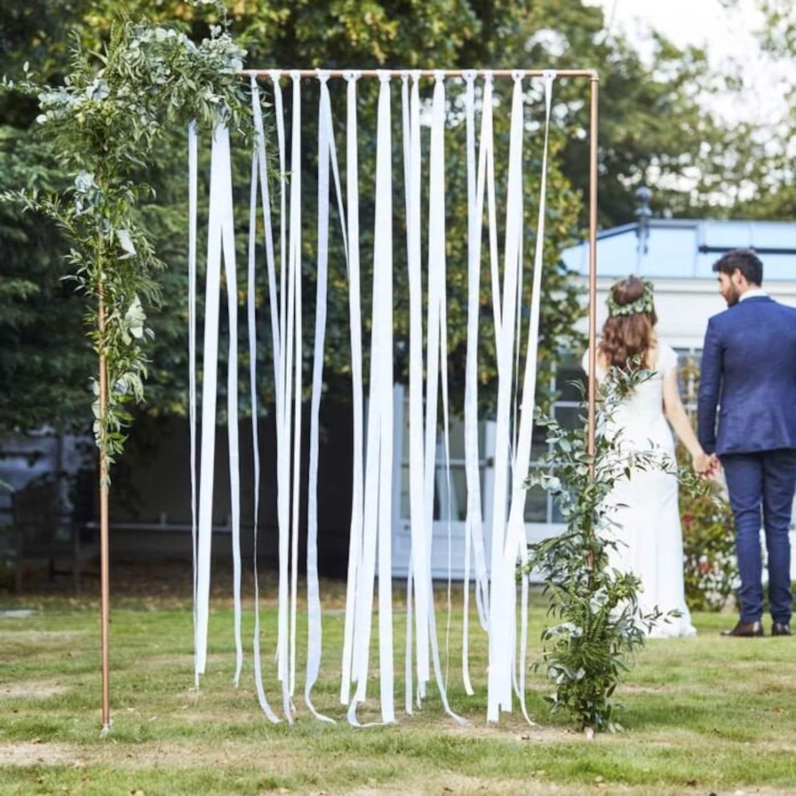 Hochzeitsbogen weiß mit Eukalyptus