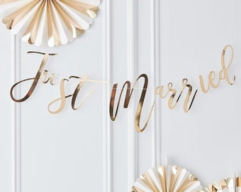 Gold Just Married Backdrop, Gold Just Married Bunting, Just Married Bunting, Gold Wedding Decor, Wedding Reception Decor, Rustic Wedding