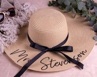 Custom Honeymoon Floppy Beach Hat, Hen Weekend Party Hat, Bridal Shower Gift, Bachelorette Party Gift, Bride Gift, Honeymoon Gift