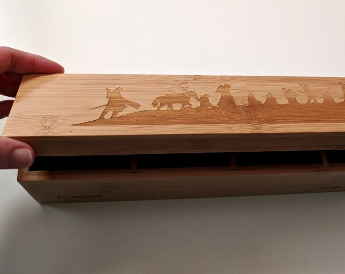 Tolkien Lord of the Rings bamboo tea box, laser engraved with silhouette of the Fellowship of the Ring. Can be customised! Sustainable wood.