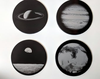 NASA Astronomy Planets collection - Set of four laser engraved coasters in gift box: Earthrise, Saturn, Jupiter, Mars.