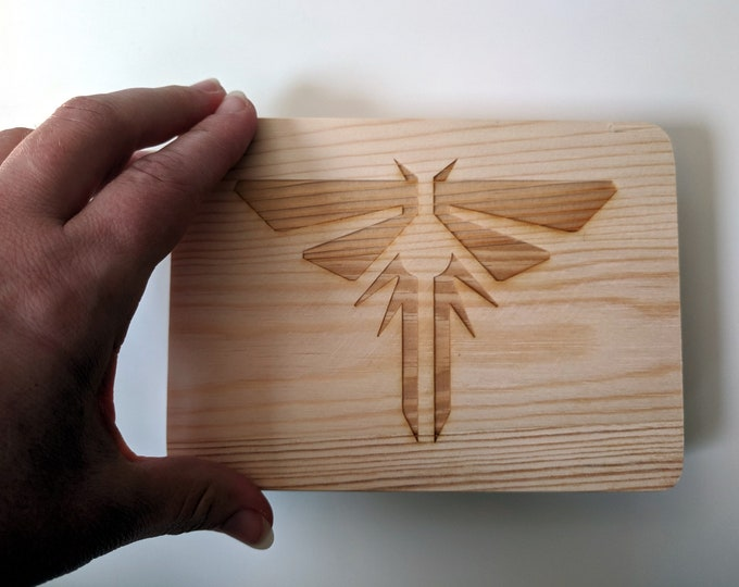 TLOU Fireflies symbol wooden box, laser engraved. Wood jewellery box, great for photos or as a ring box. The Last of Us inspired