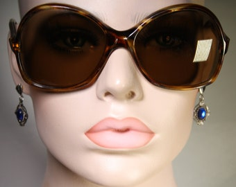 Near Mint 1970's True Vintage Oversized Tiger Stripe Pattern 'Greece 02CA240 380CA' Sunglasses Shades With Lightly Scratched Spot on Lens