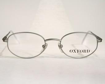 23b00be691823 Unisex Light OXFORD Aluminum Color Matte Oval Metal Vintage 1990 s Women s  Men s Eyeglass Frames Size Medium Made in Italy