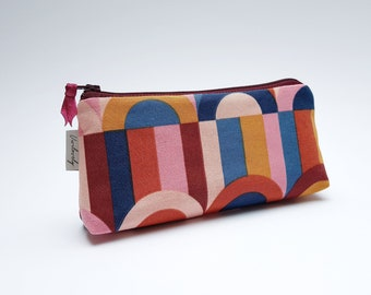 Pencil case, feather bag, pencil case, case, sloppy case, zipper, red semicircle