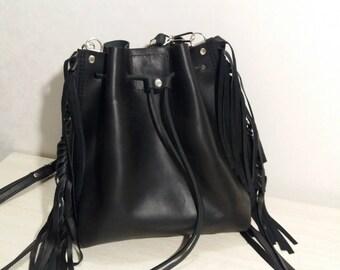 Sack bag with fringe