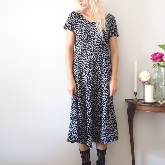 FLORAL 90s black and purple tshirt long tee maxi d