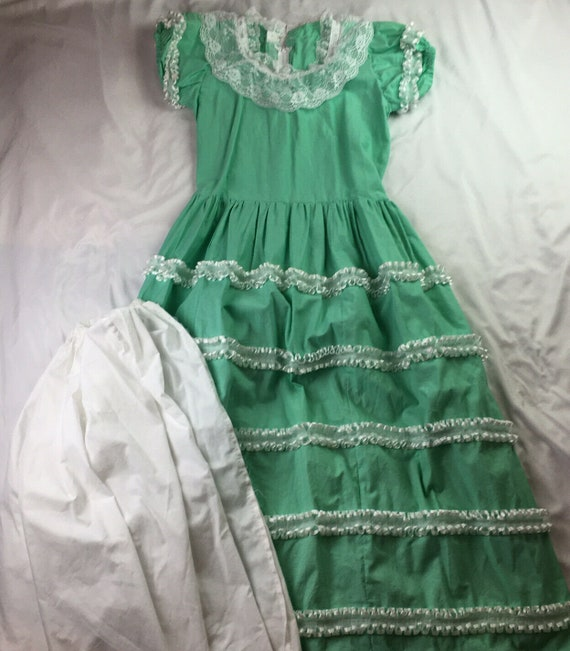 Vintage Prarie Dress Handmade Lace Ribbons puff sl