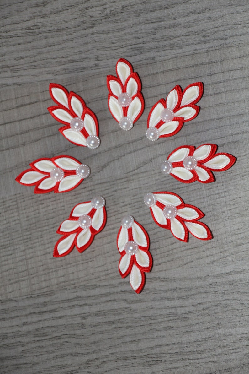 Set of 8 Boutonnieres Red Ivory Lapel Pins Wedding Boutonnieres Red Boutonniere Rustic Flower Lapel Pin Groom/'s  Groomsmen Pins Kanzashi