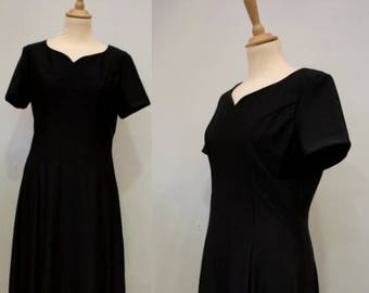 Black Lycra Gown with Sweetheart Neckline