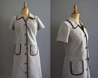 Geometric Patterned 1960s Shirtwaist Mod Dress w/Pockets