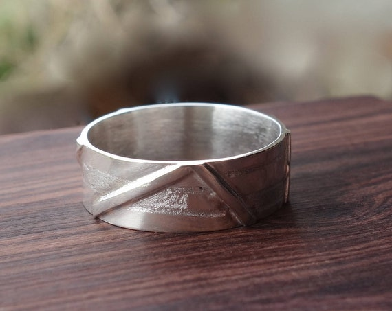 Ring silver with etching and texturing. Unisex ring.