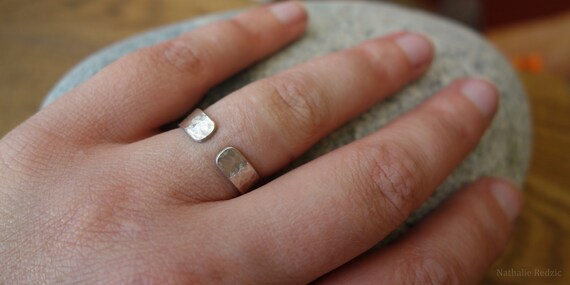 Hammered silver open ring. Hand made. Unisex ring.