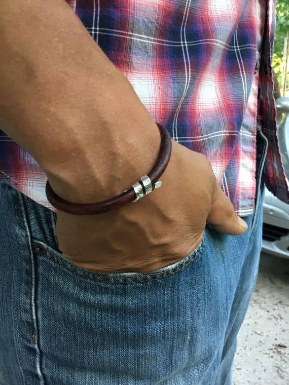 personalisierte herren armband spinnen koordiniert armband etsy. Black Bedroom Furniture Sets. Home Design Ideas
