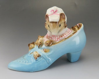 Beswick Vintage Beatrix Potter The Old Woman Who Lived In A Shoe Ornament Mouse Beswick