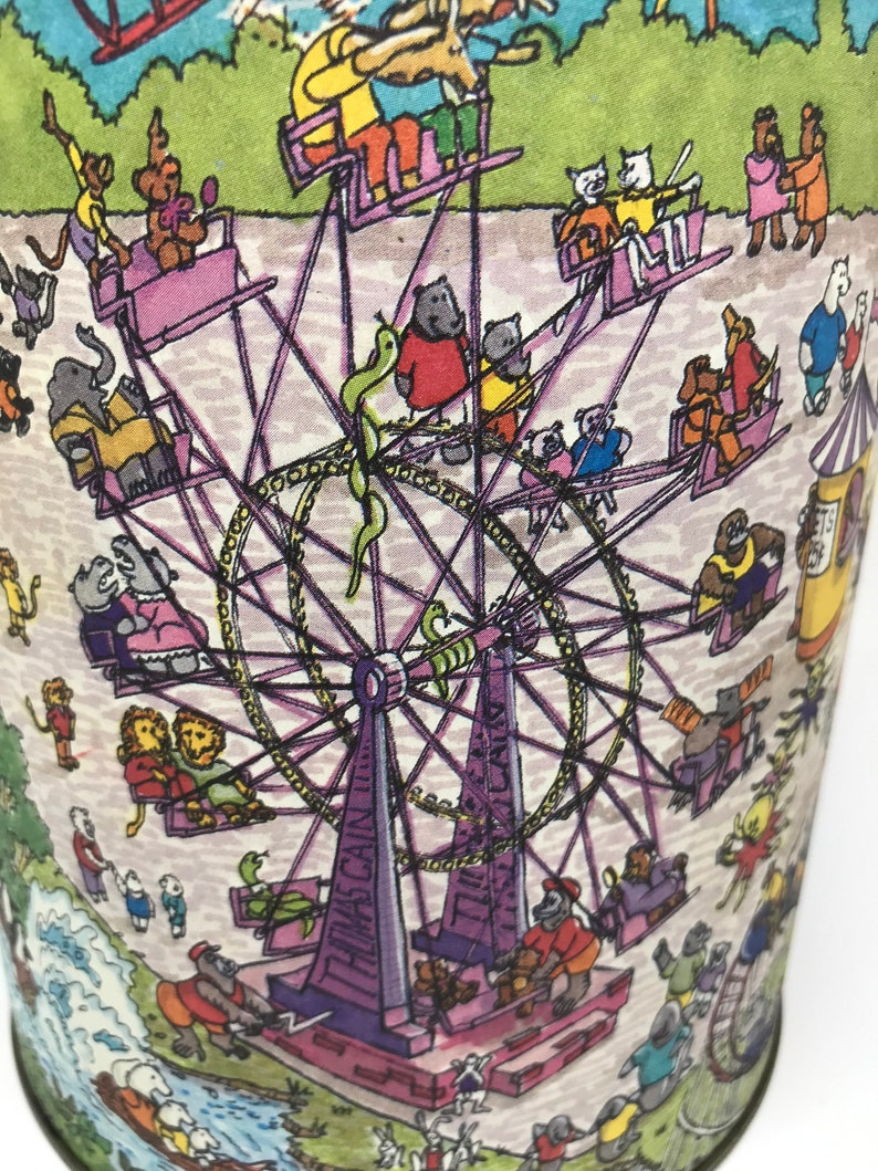 Vintage Child/'s Tin Baby Boo Bear Elephants Carnival Capers Animals Carousel Ferris Wheel Inspector Bear and Detective Trunk