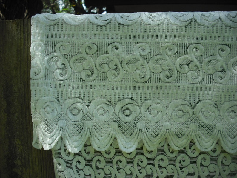 2040 SC Ornate White Lace Shower Curtain With Valance Shabby
