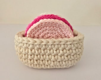 Basket for scrubbies