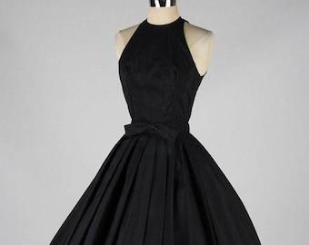 f052dc17438 50s dress