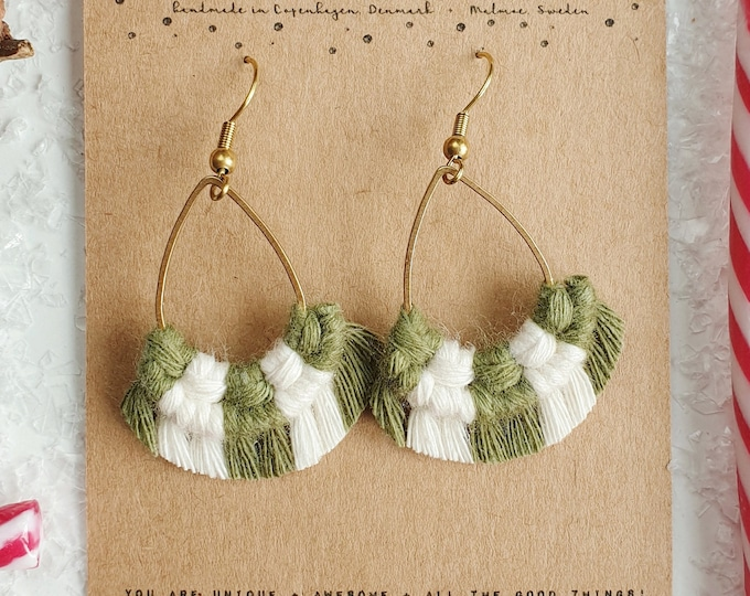 Wild And Feather macrame earrings: Drops mini - Candy cane green
