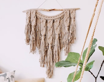 Indie - large macrame wallhanging / tapestry made from soft, organic beige colored cotton with tassels and fringe details
