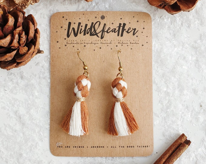 Wild And Feather macrame earrings: Dots - Candy cane ginger bread
