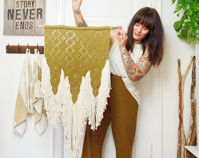 Khaki - large macrame wallhanging / tapestry made from all natural materials in a soft natural khaki color mixed with natural cotton
