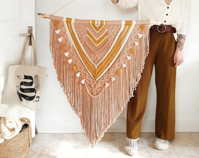Sunny - extra large macrame wallhanging / tapestry made from natural materials in natural, dusty rose, linen pink and mustard on driftwood