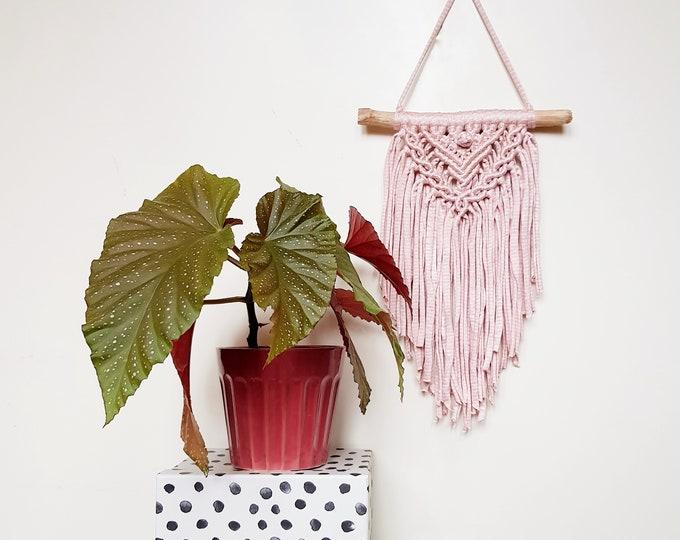 Mini wallhanging - striped blush