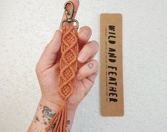 Wild And Feather macrame keychain / bag tassel - terracotta