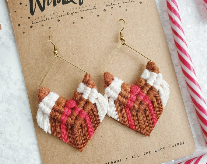 Wild And Feather macrame earrings: Molly luxe - reindeer