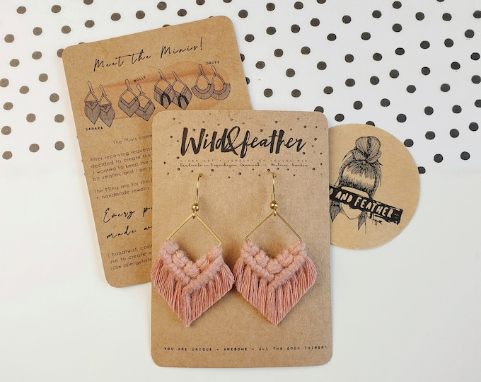 Wild And Feather macrame earrings: Molly mini - dusty rose