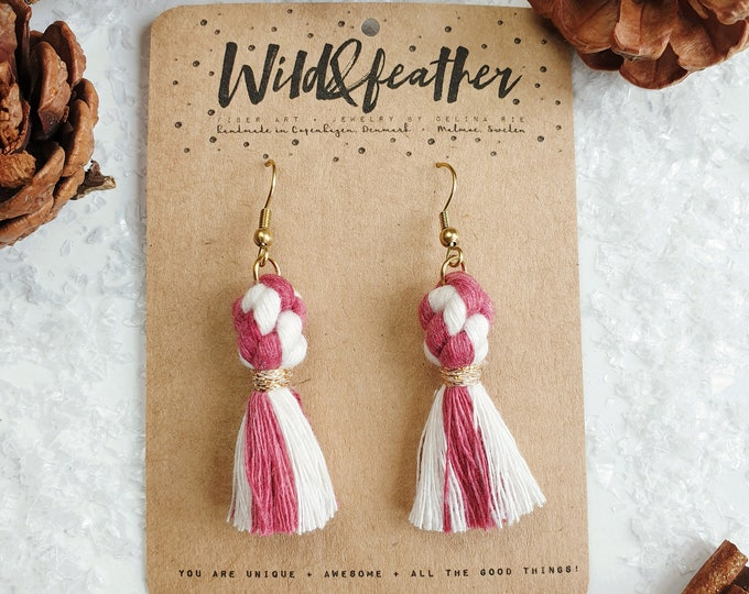 Wild And Feather macrame earrings: Dots - Candy cane raspberry