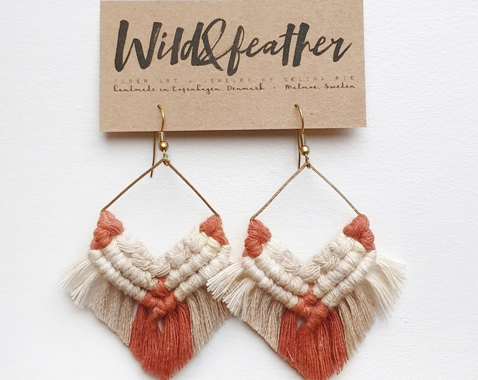 Wild And Feather macrame earrings: terracotta rose, beige and natural cream