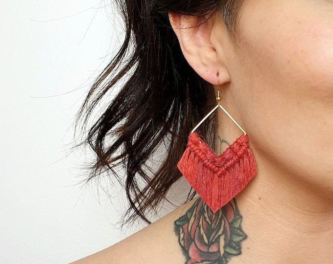 Wild And Feather macrame earrings: Molly - cherry red
