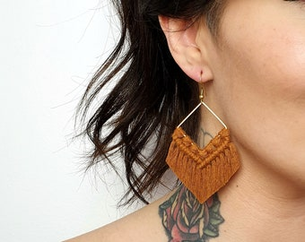 Wild And Feather macrame earrings: Molly - chestnut brown