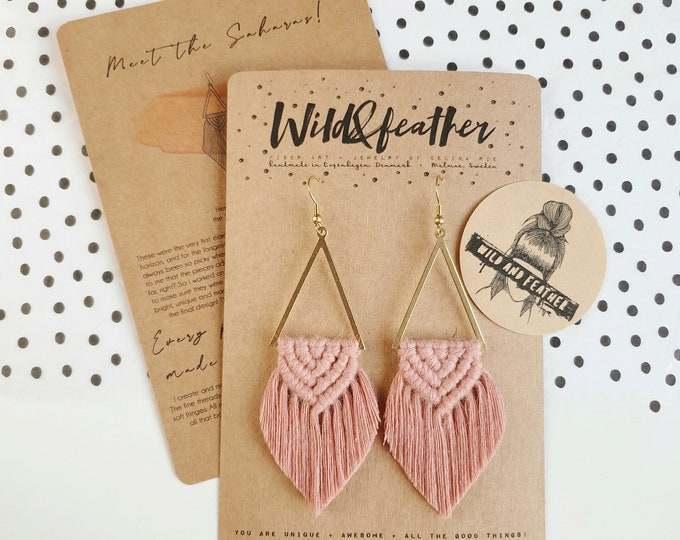 Wild And Feather macrame earrings: Sahara - dusty rose