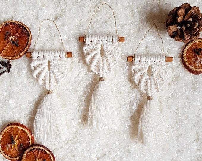 Angel ornaments - snow