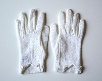 Vintage Lace Gloves. evening Gloves. Formal gloves. Driving Gloves. Wedding Gloves. Lace Gloves. Ladies Gloves. vintage Gloves. Ivory Lace