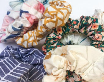 Oversized Scrunchie / watercolor floral patterned, cotton 80s 90s hair accessory / unique fabric scrunchies / boho hair tie / slow fashion