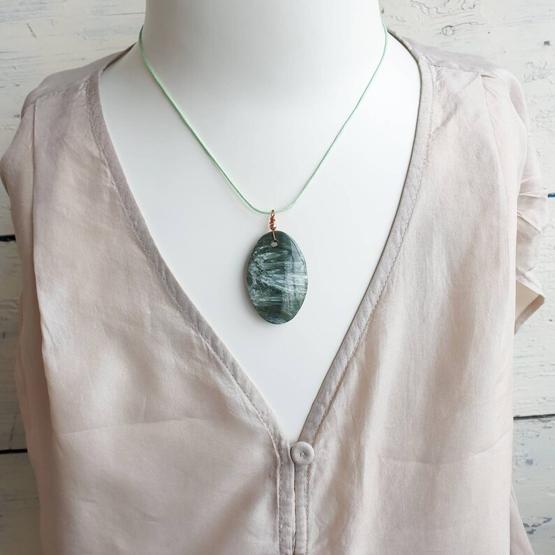 Seraphinite Necklace Green Gemstone Necklace Seraphinite Pendant Unisex Gift For Husband Gift For Boyfriend Gift For Sister Gift For Mom