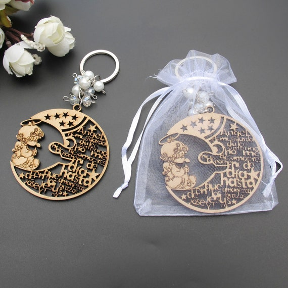 12 - Free Shipping! Keychain Favors Moon and Angel Prayer Design