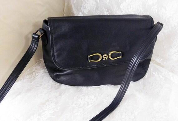 cedf5906815b Vintage Etienne Aigner Women s Shoulder Bag Black Leather