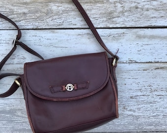 Vintage Etienne Aigner Distressed Leather Vintage Satchel Crossbody Bag  Oxblood a010eb8c99c47